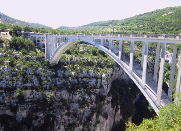 pont-de-l-artuby-ou-pont-de-chauliere